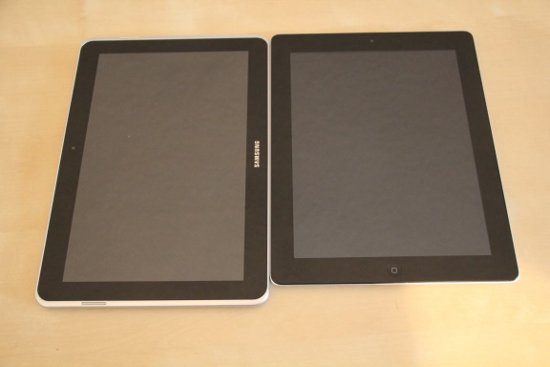Galaxy Tab 10.1N - iPad