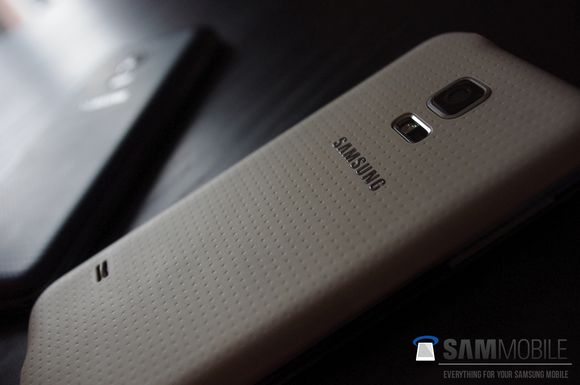 4_1_Samsung-Galaxy-S5-mini-leaked-03