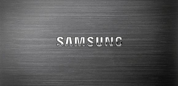 13_1_Samsung-logo-on-backplate