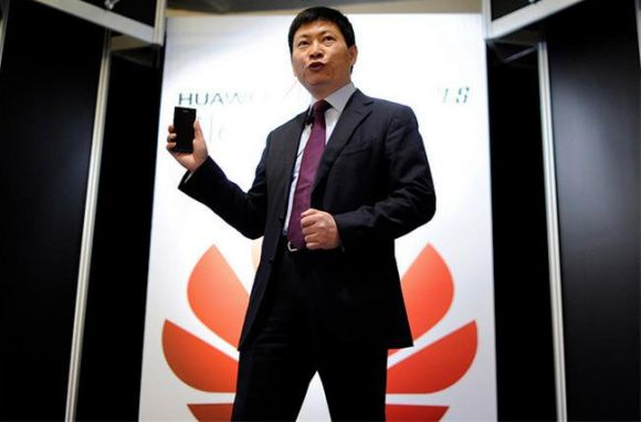 10_1_Huawei-CEO-Richard-Yu-gsminsider